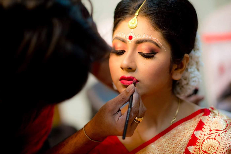Makeup Packages in Sdaquat Ashram