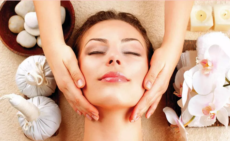 Skin Radiance Treatment in Pakur
