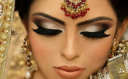 Engagement Makeup in Sdaquat Ashram