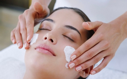 Facials in Old Jakkanpur